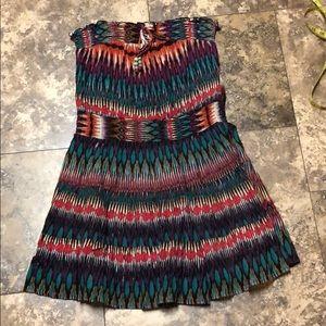 Dresses & Skirts - Strapless mini dress/cover up👙
